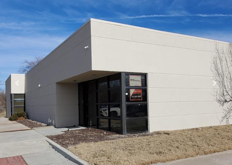 7150 East Harry Street Wichita, KS 67207 - main image