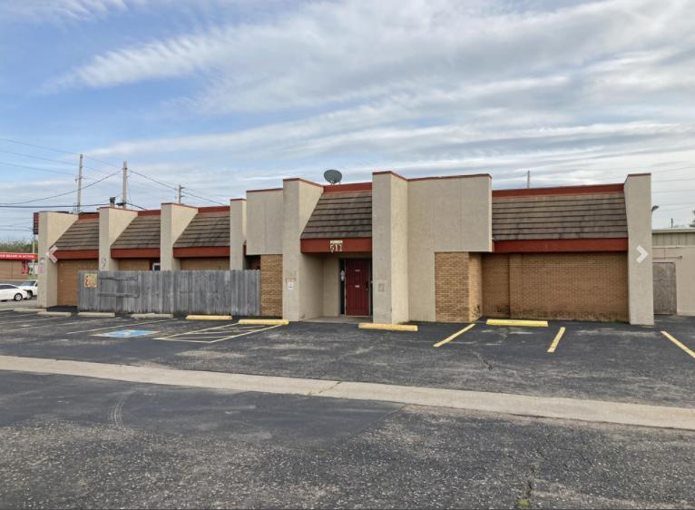 511 North West Street Wichita, KS 67203 - main image