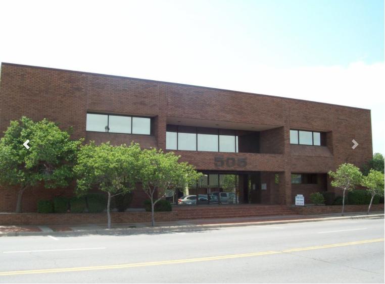 505 South Broadway Wichita, KS 67202 - main image