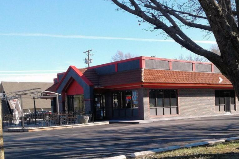 2615 West 13th Street North Wichita, KS 67203 - alt image 3