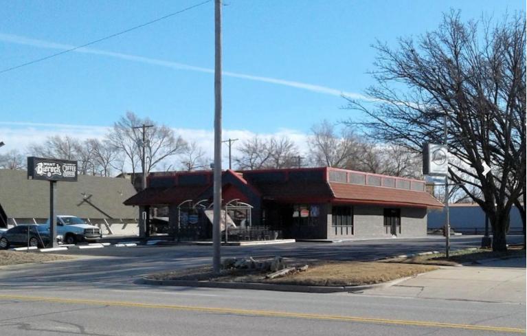 2615 West 13th Street North Wichita, KS 67203 - alt image 4
