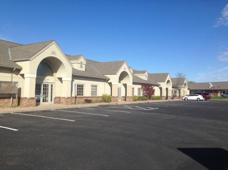 1841 North Rock Road Court Wichita, KS 67206 - main image