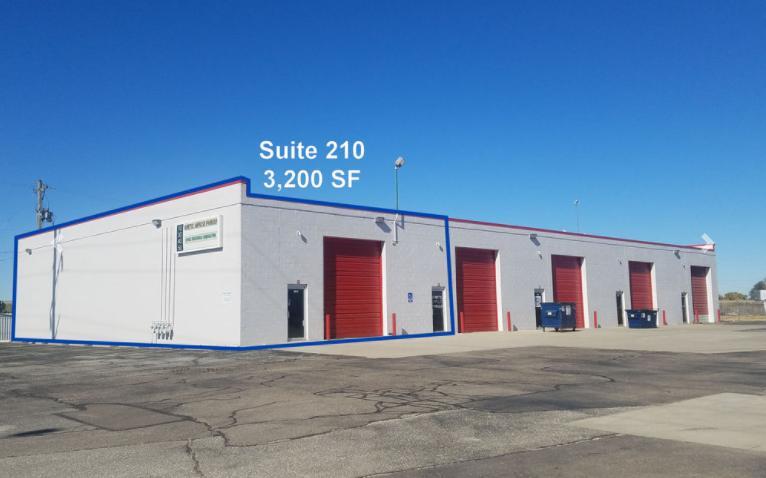 1012 East Macarthur Road Wichita, KS 67216 - main image