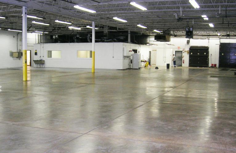 1551 Commerce Drive Elgin, IL 60123 - alt image 3