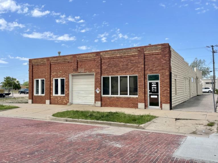 423 Saint Francis Wichita, KS 67202 - main image