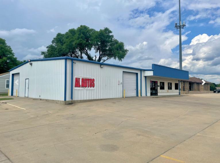 3550 West Douglas Avenue Wichita, KS 67203 - alt image 3