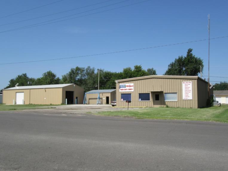 525 North Baer Street McPherson, KS 67460 - main image