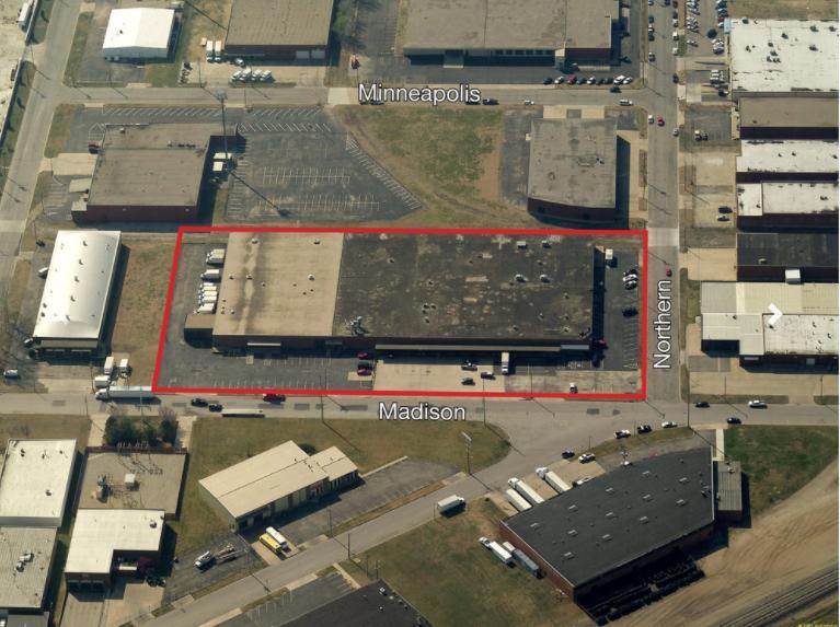 2901 Madison Wichita, KS 67216 - alt image 2