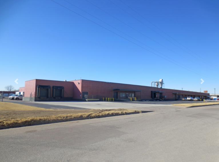 2901 Madison Wichita, KS 67216 - main image