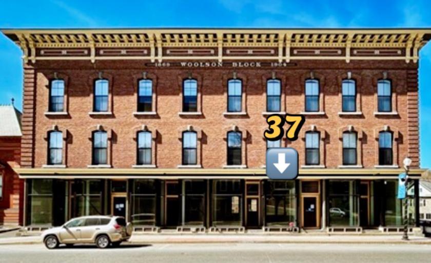 37 Main Street Springfield, VT 05156 - main image