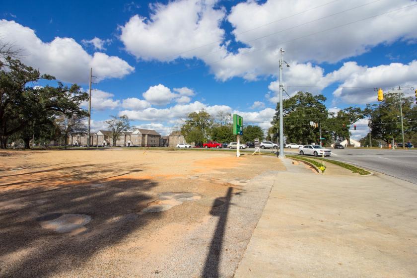 6401 Old Shell Road Mobile, AL 36608 - alt image 2
