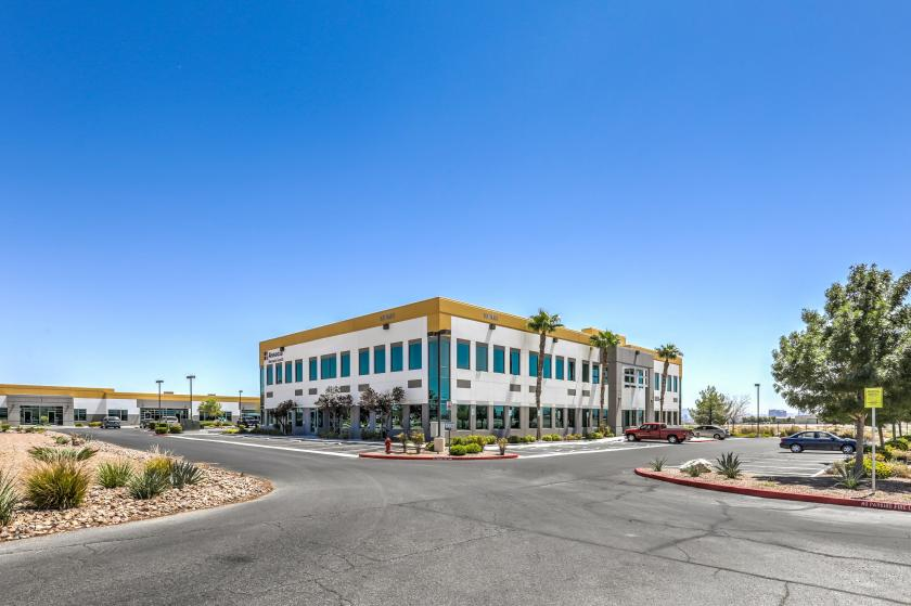 3675 West Cheyenne Avenue North Las Vegas, NV 89032 - main image