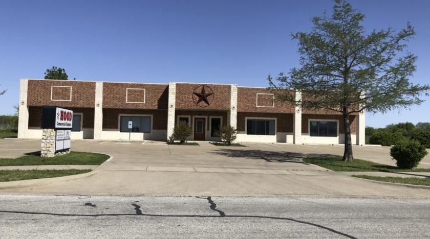 1514 Crossland Road Granbury, TX 76048 - main image