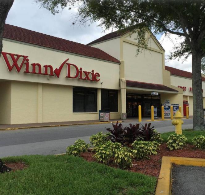 1551 North Singleton Avenue Titusville, FL 32796 - alt image 3