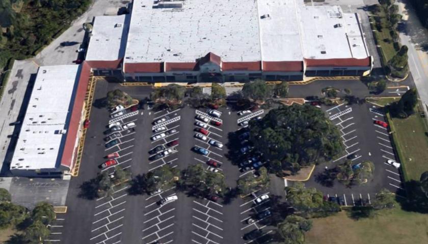 1551 North Singleton Avenue Titusville, FL 32796 - main image