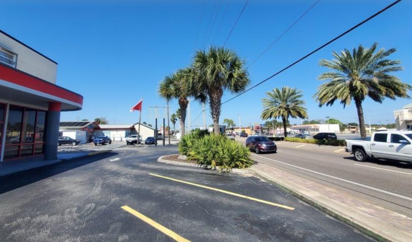 685 North Courtenay Parkway Merritt Island, FL 32953 - alt image 3