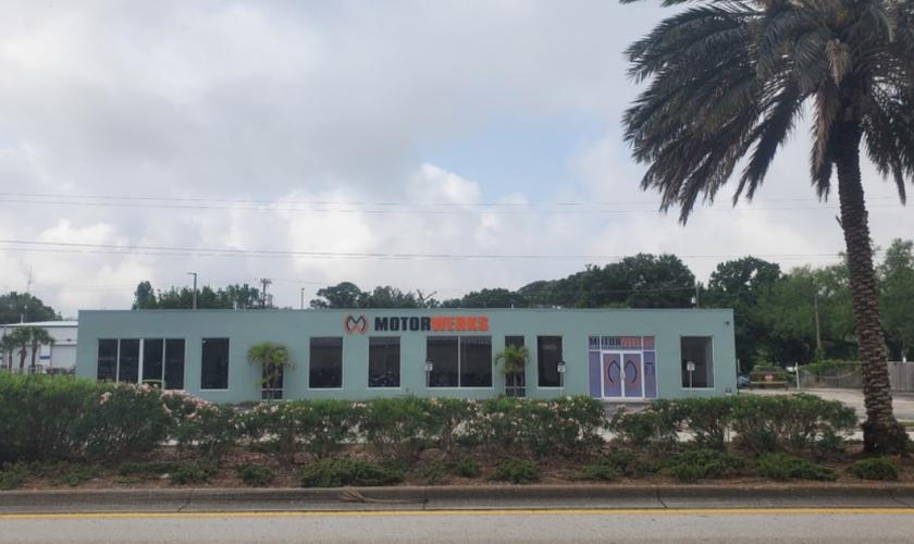 1127 West King Street Cocoa, FL 32922 - main image
