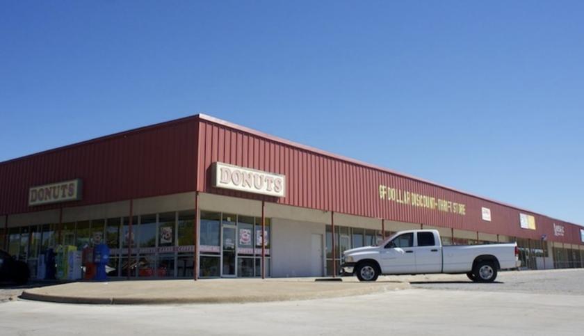 401 West Marshall Drive Grand Prairie, TX 75051 - alt image 2