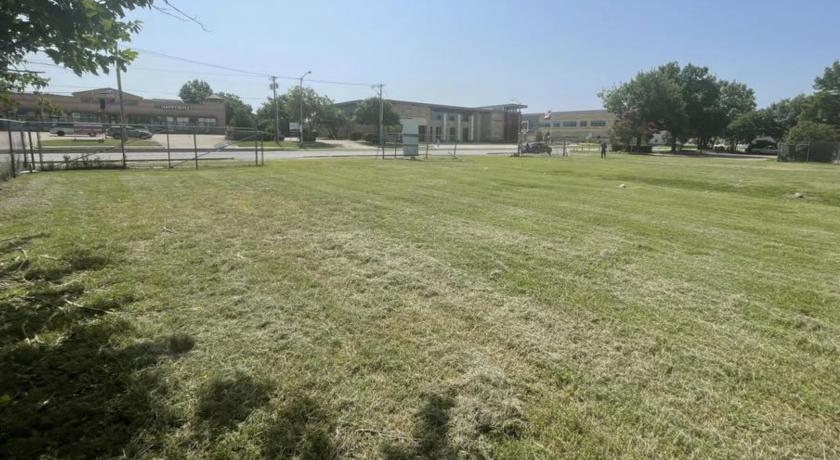 315 North Greenville Avenue Richardson, TX 75081 - main image