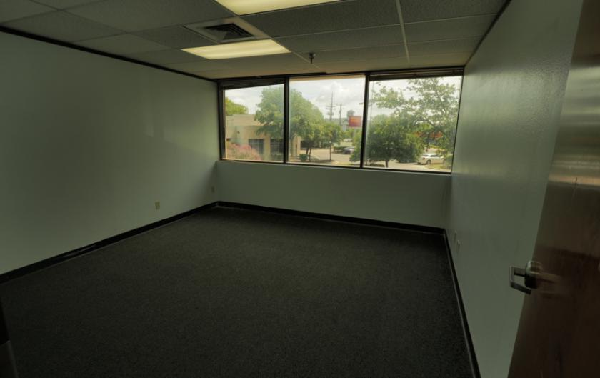 9800 North Lamar Boulevard Austin, TX 78753 - alt image 3