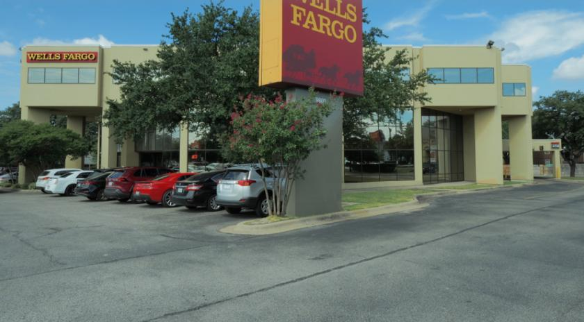 9800 North Lamar Boulevard Austin, TX 78753 - main image
