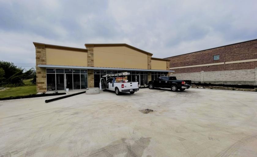 2081 Double Creek Drive Round Rock, TX 78664 - main image