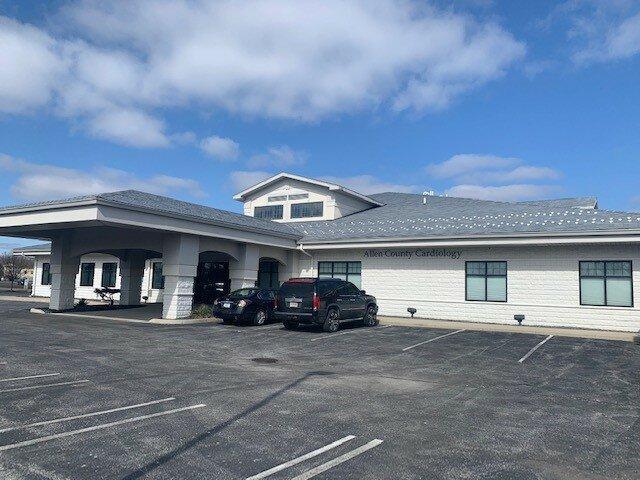10020 Dupont Circle Court Fort Wayne, IN 46825 - main image
