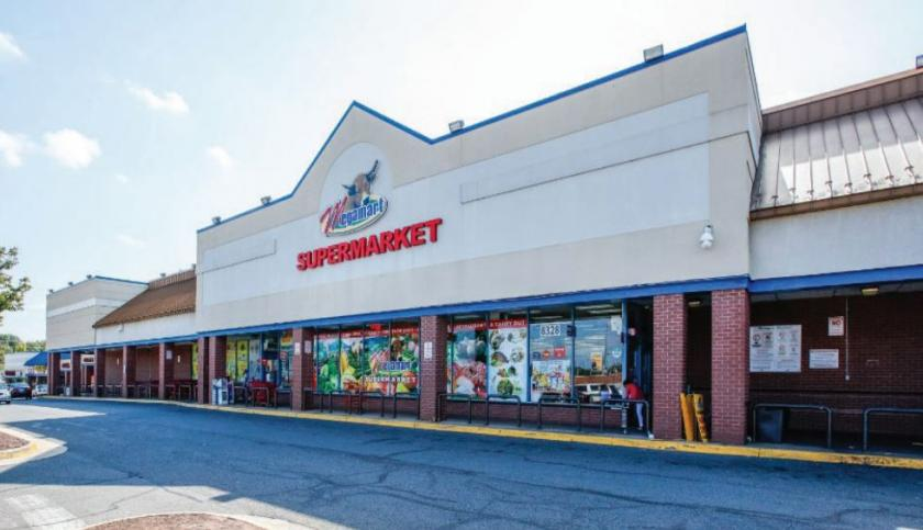 8350 Shoppers Square Manassas, VA 20111 - main image