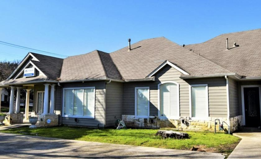 708 North Fielder Road Arlington, TX 76012 - main image