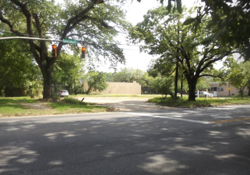 1465 Government Street Mobile, AL 36604 - alt image 2