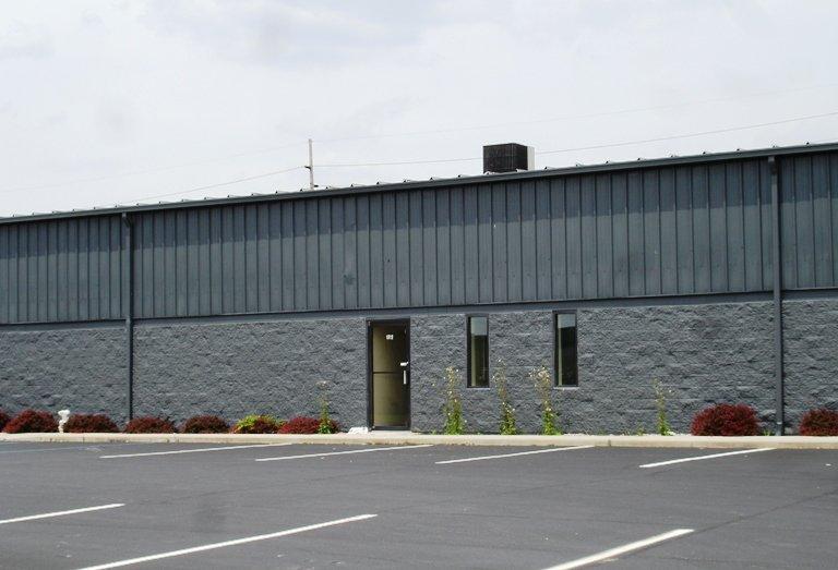 1712 Dividend Road Fort Wayne, IN 46808 - main image