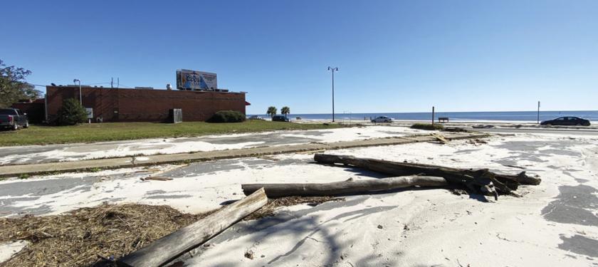 660 Beach Drive Gulfport, MS 39507 - main image
