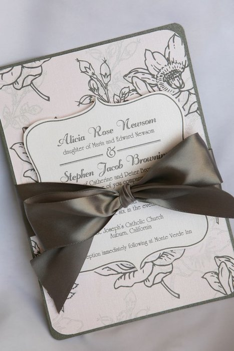 Angela Dal Bon Custom Invitations & Announcements's profile image