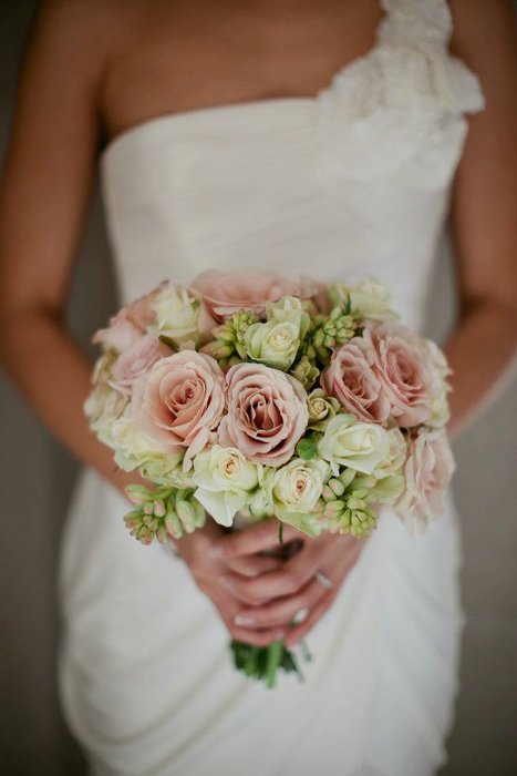 Three Sisters Custom Flowers & Events's profile image