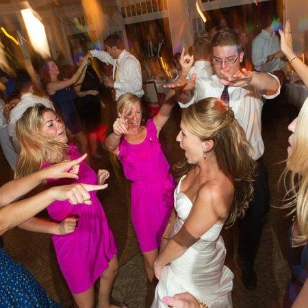 VIP Entertainment, LLC, Wedding Disc Jockey Services