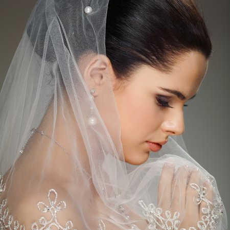 Omni Couture Veils and Bridal