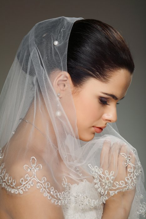 Omni Couture Veils and Bridal's profile image