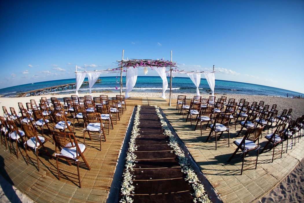 Luxe Destination Weddings's profile image