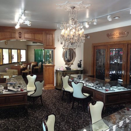 Robert C Wesley Jewelers
