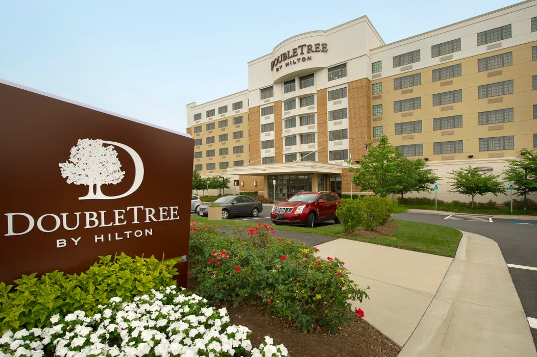 DoubleTree by Hilton Sterling Dulles Airport's profile image