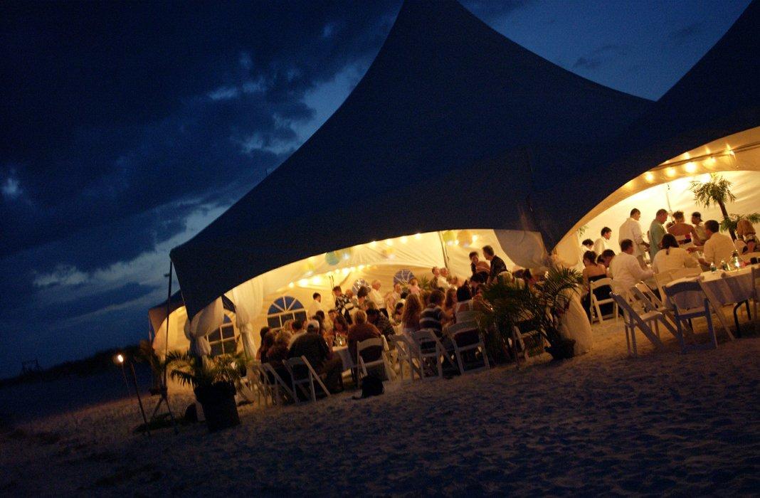 Romantic Honeymoon Island's profile image