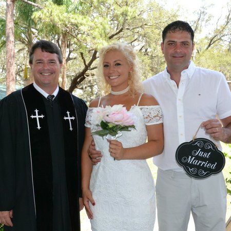 Vows Are Forever - Orlando Wedding Officiants