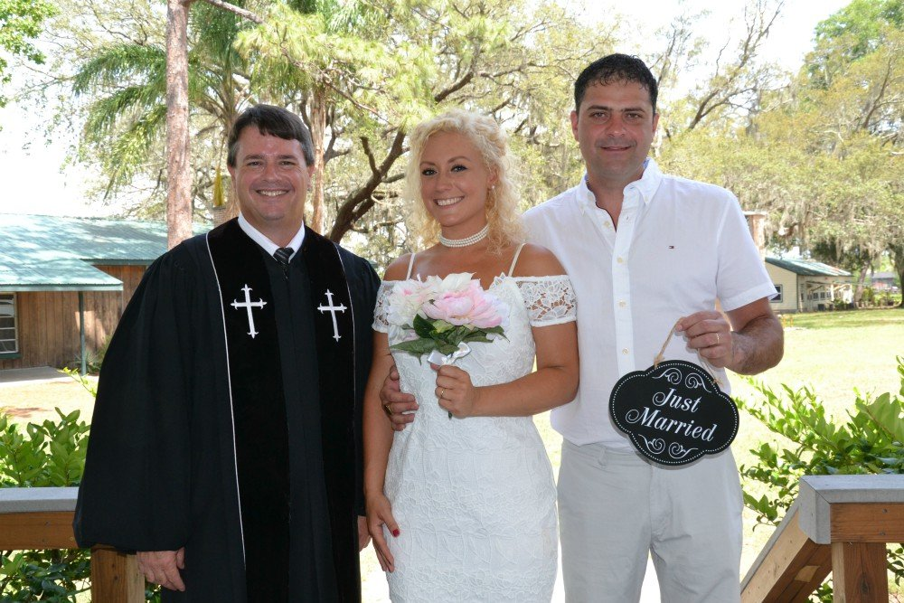 Vows Are Forever - Orlando Wedding Officiants's profile image