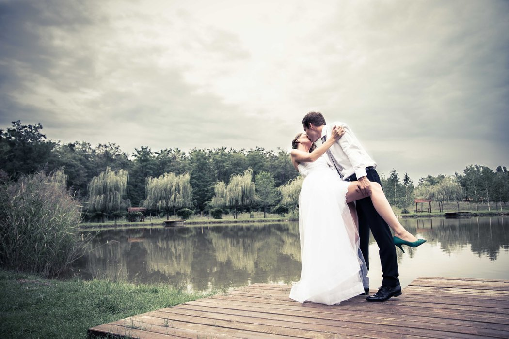 Gabriella Hidvegi Wedding Photography's profile image