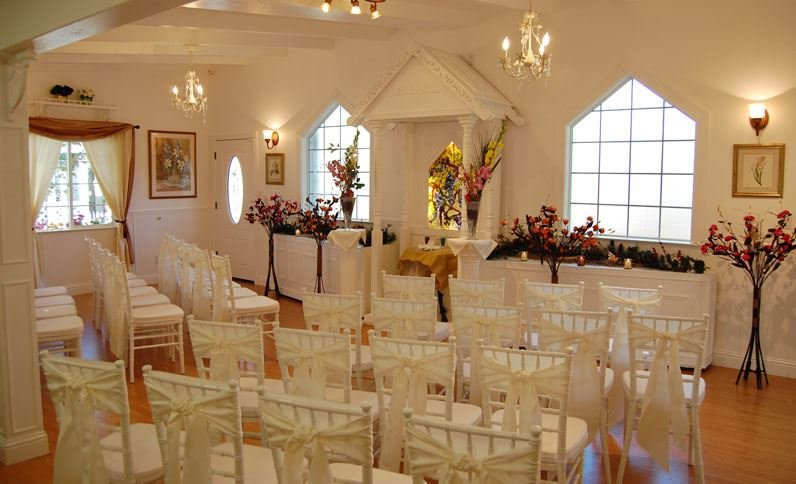 Tahoe Chalet Inn & Wedding Chapel's profile image