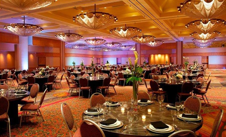 Crowne Plaza Hotel Atlanta Perimeter at Ravinia's profile image