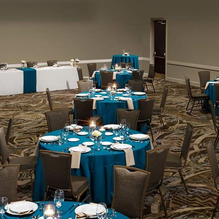 Embassy Suites Orlando Lake Buena Vista Resort Wedding
