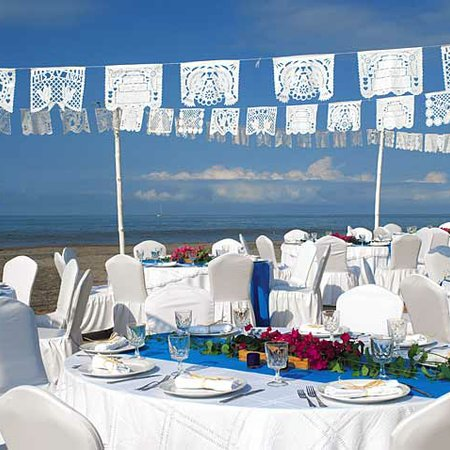 Velas Vallarta - Weddings
