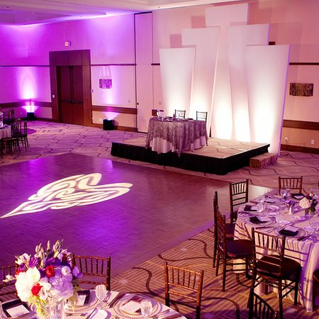 Avenue of the Arts Wyndham Hotel - Weddings