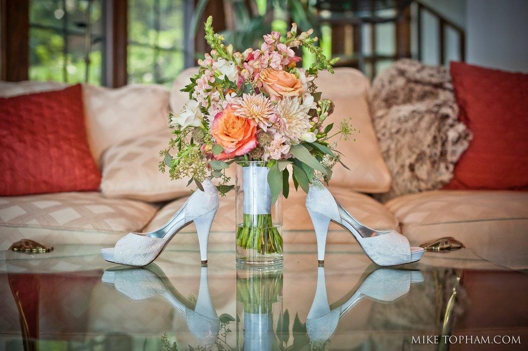 Lasting Florals Florist's profile image